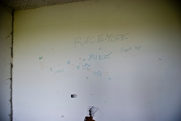 writing on wall in abandoned house - racemode + bunz sept '07