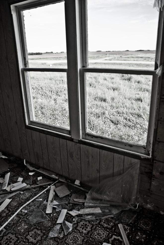 windows with broken glass